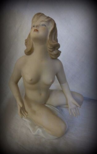Wallendorf Porcelain Vintage Rare Nude Lady Figurine Girl Hand Painted Signed