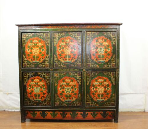 A  Tibetan Antique Large Cabinet Colorful Floral Graphics