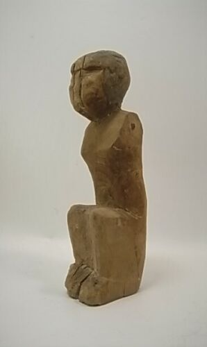 Egyptian antique early dynasty wood statue of a sailer 1981-1885 B.C., 16 cm