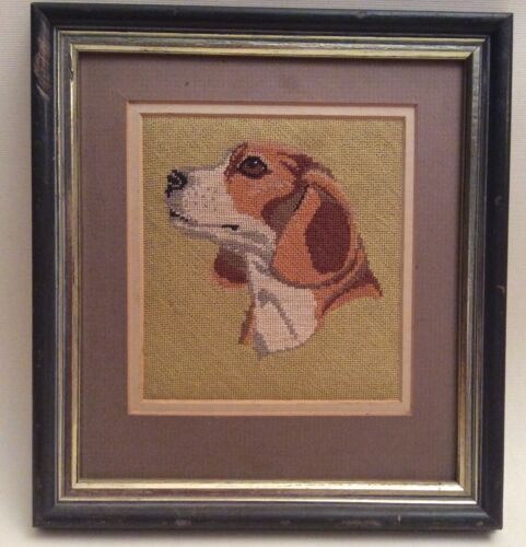 Vintage Small Dog Tapestry Picture - Beagle
