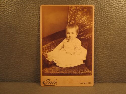 Victorian Antique Cabinet Card Photo of Little Girl Kid Child Infant