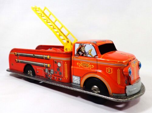 MID-20TH C VINT LOUIS MARX & CO NY TIN LITHO VFD FIRE ENGINE TOY LADDER ENGINE