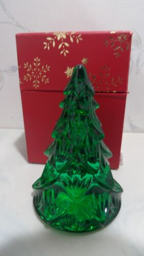 """NEW Waterford Crystal GREEN MEDIUM 4 1/2"""" Christmas Tree Sculpture - NEW IN BOX"""