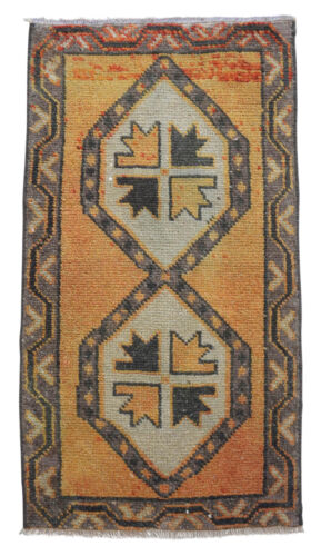 """1'7"""" x 3' Distressed Small Area Rug Hand Knotted Turkish Yastik Rug 50 x 92 cm"""