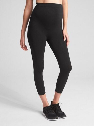 Ingrid and Isabel Maternity Seamless Belly Capris ~ NWT ~ Size 3 (14, 16, 18)