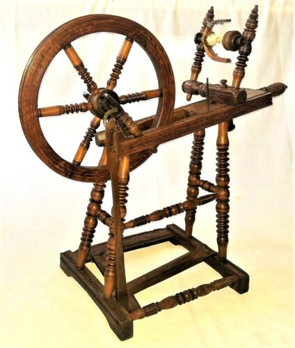 """Spinning Wheel, Saxony style, oak, fine turnings, carved, early 1800, 30""""l"""