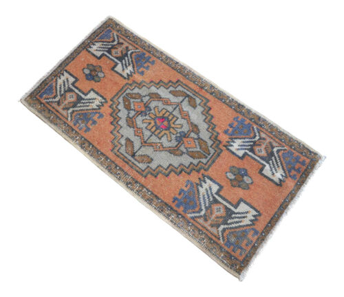 "1'7"" x 3' Distressed Small Area Rug Hand Knotted Turkish Yastik Rug 48 x 92 cm"