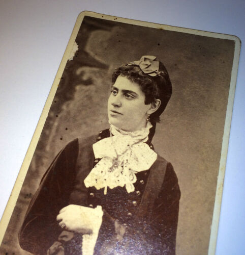 Antique Victorian Woman W/ Fantastic Necklace & Fashion! Old New York CDV Photo