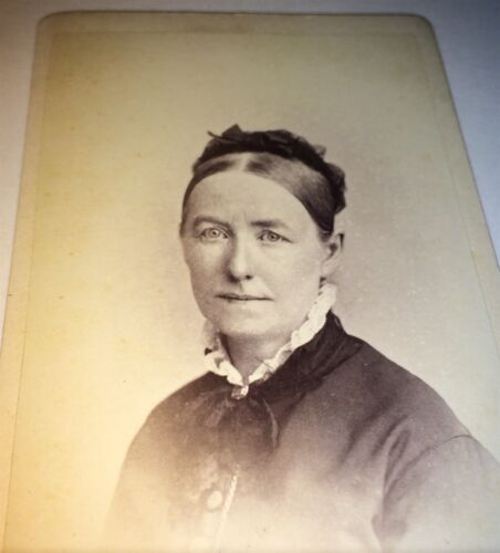 Antique Victorian American Old Woman C.1877 Rockwood Photographer! NY CDV Photo!