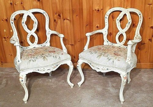 PAIR OF MID CENTURY HOLLYWOOD REGENCY LOUIS XV PAINT DECORATED OPEN ARMCHAIRS