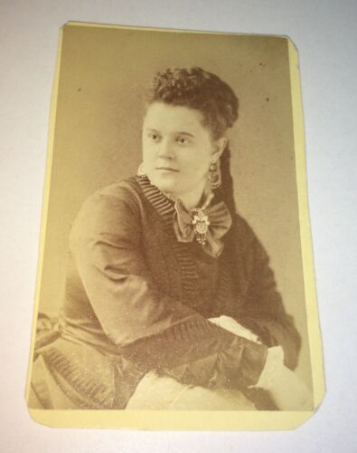 Antique Victorian American ID'd Beauty! Fannie Dennis Class 1873! NY CDV Photo!