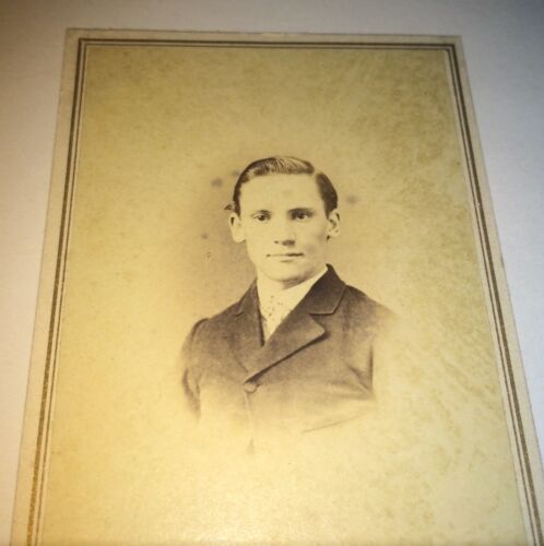 Antique Victorian American Civil War Handsome Young Man Port Jervis NY CDV Photo
