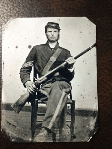 Civil War Military Soldier With Rifle & Beard TinType C255RP