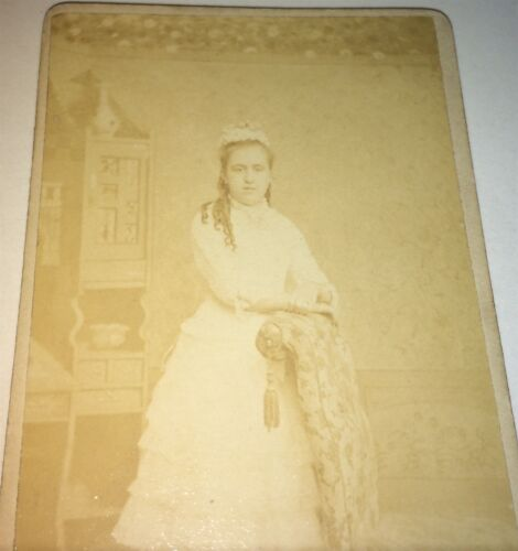 Antique Victorian American Young Woman All White Fashion! Albany, NY CDV Photo!