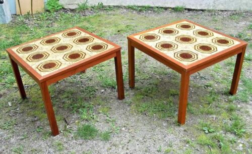STYLISH PAIR OF MID CENTURY MODERN SQUARE TEAKWOOD TABLES WITH TILE INLAID TOPS