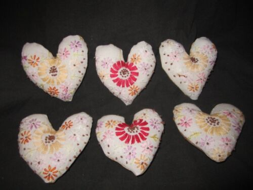 Primitive  Valentine Heart bowl fillers- vintage linen with flowers - set of 6