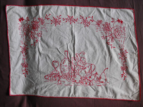 #1354  Beautiful  Vintage Hand Embroidered Tapestry  81cm/57cm(32''x22'')