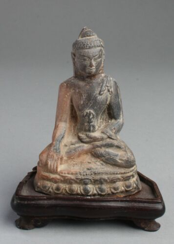 A Chinese Antique Clay Buddha Statue