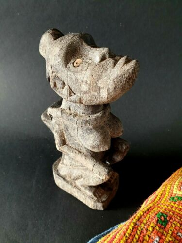 Old Borneo Dayak Carving with Inlaid Eyes …beautiful collection piece with lots