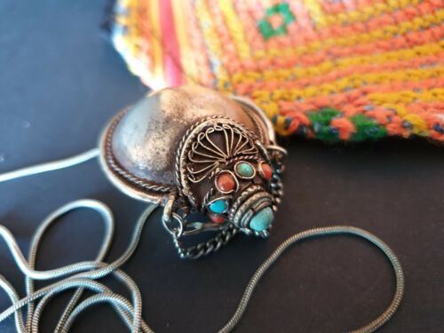 Old Tibetan Silver Snuff Bottle on Local Silver Chain …beautiful collection & ac