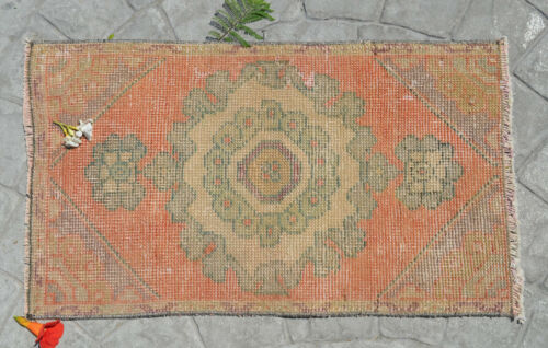 """Vintage Distressed Small Area Rug Hand Knotted Oushak Rug Yastik -1'6"""" x 2'7"""""""