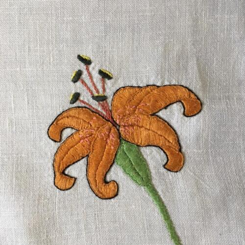 EMBROIDERED TABLECLOTH c1940's WITH TIGERLILY
