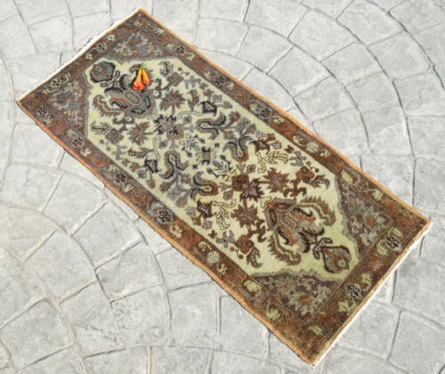 """Distressed Small Area Rug Hand Knotted Undyed Turkish Yastik Rug 1'5"""" x 3'3"""""""