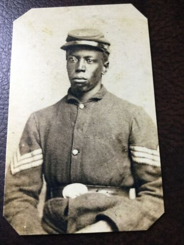 civil war African American Union Soldier  tintype C697RP