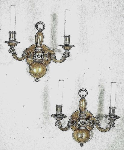 PAIR OF EARLY 20th CENTURY CLASSICAL ADAMS REGENCY DOUBLE ARM BRASS SCONCES