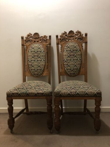 Oak chairs (twin set)