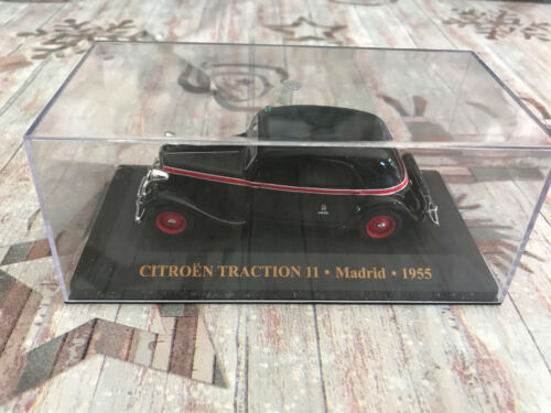 Voiture miniature Citroen Traction 11 Taxi Madrid 1955 IXO au 1/43