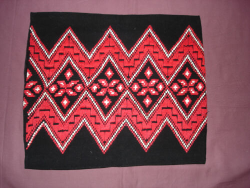 #829  Beautiful Vintage Hand Embroidered Pillow Case   18''/15''(46cm/39cm)