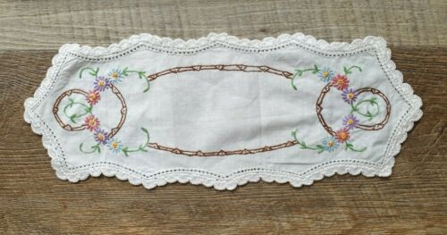 Vintage Hand Embroidered Sandwich Doily