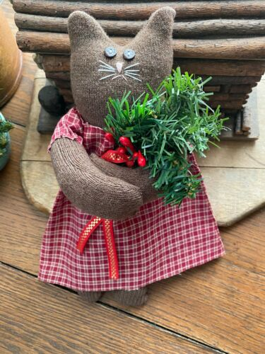 Primitive  Kitty Cat Joy  Christmas Cat with Greenery  and Berries and Ornie