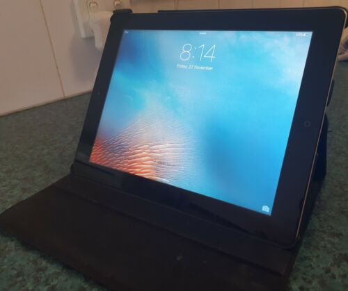 Apple Ipad 2 A1395 Excellent Cond + Charger, case. NO faults - 64gig