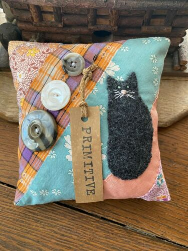 Primitive Stitchery Hand Stitched  Cat and Old Buttons  Vintage Quilt  Ornie