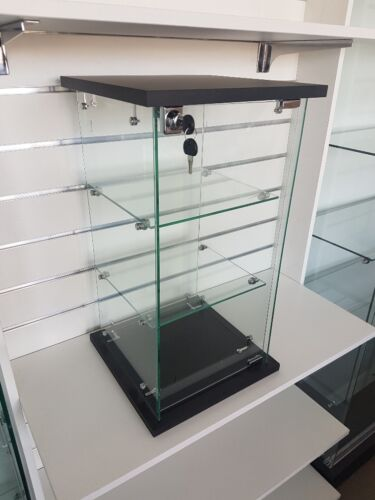 Brand New CHEAP Lockable Counter Top Glass Display Case. Available Now