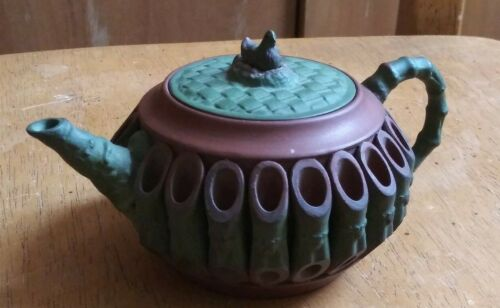 China  purple sad teapot  of bamboo and roster 紫砂