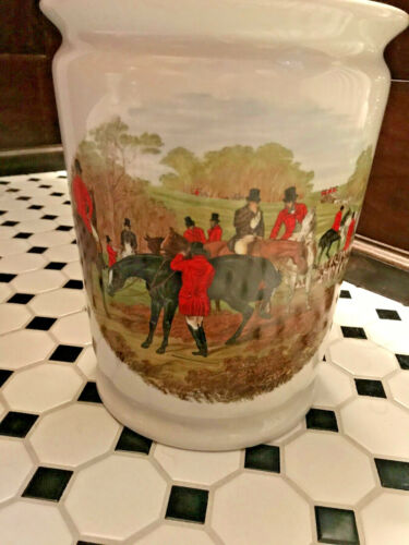 Fox Hunting Equestrian Porcelain Waste Basket with coordinating soap dish