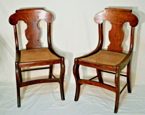 PAIR ANTIQUE AMERICAN FEDERAL PERIOD TIGER MAPLE CHAIRS