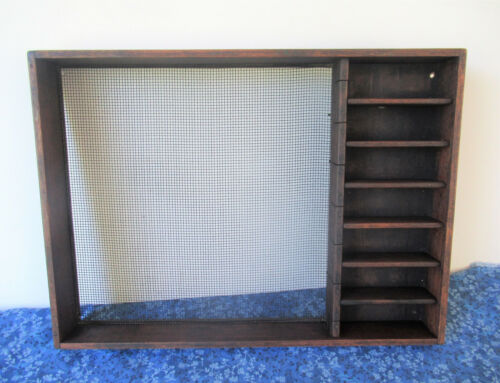 """Antique Primitive Wood Sieve Sifter & Shadow Box Display, 18"""" x 13"""", Wire Mesh"""