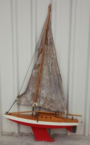 vintage wooden sailing toy pond yacht model timber boat 1940`s Americas Cup
