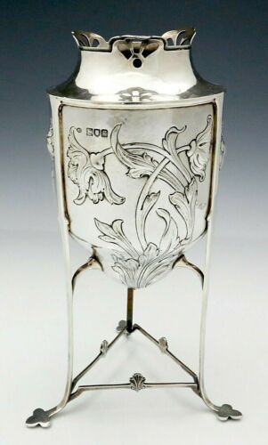 English Sterling VASE by William Comyns ARTS & CRAFTS c1902 Floral