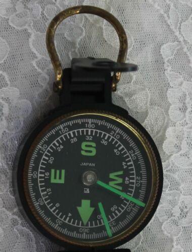 VINTAGE ENGINEER DIRECTIONAL COMPASS - MADE IN JAPAN