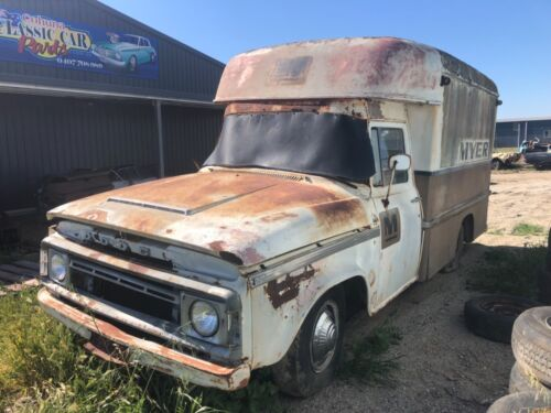 Dodge Myer Delivery truck 245 heavy motor