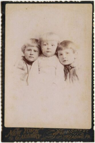 3 YOUNG SIBLINGS BY NEW YORK GALLERY, READING, PA, CABINET CARD