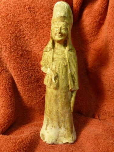 ANTIQUE CHINESE MING TERRACOTTA STATUE #2