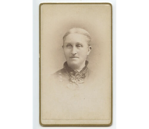 CDV - STUDIO PORTRAIT OF LADY WITH LIGHT COLORED HAIR   BEADED NECKLACE
