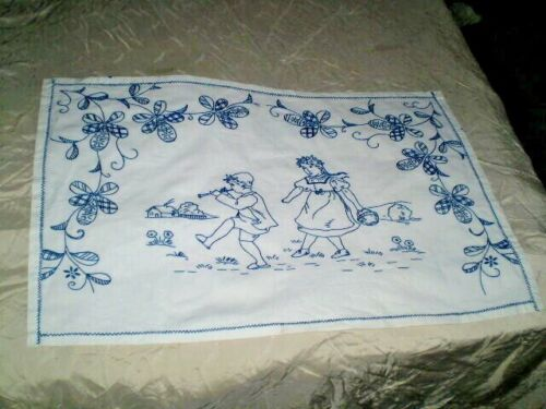 Vintage handmade hand-embroidered  tapestry   100% Cotton  White