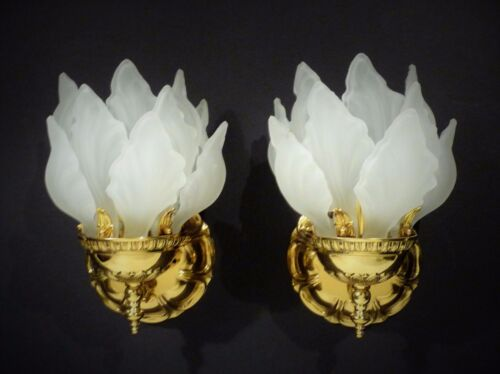 FRENCH REGENCY  BRASS MID CENTURY FLAME  FORM WALL SCONCE LIGHTS LAMPS